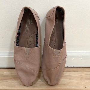 Taupe Toms ladies size 8 like NEW!